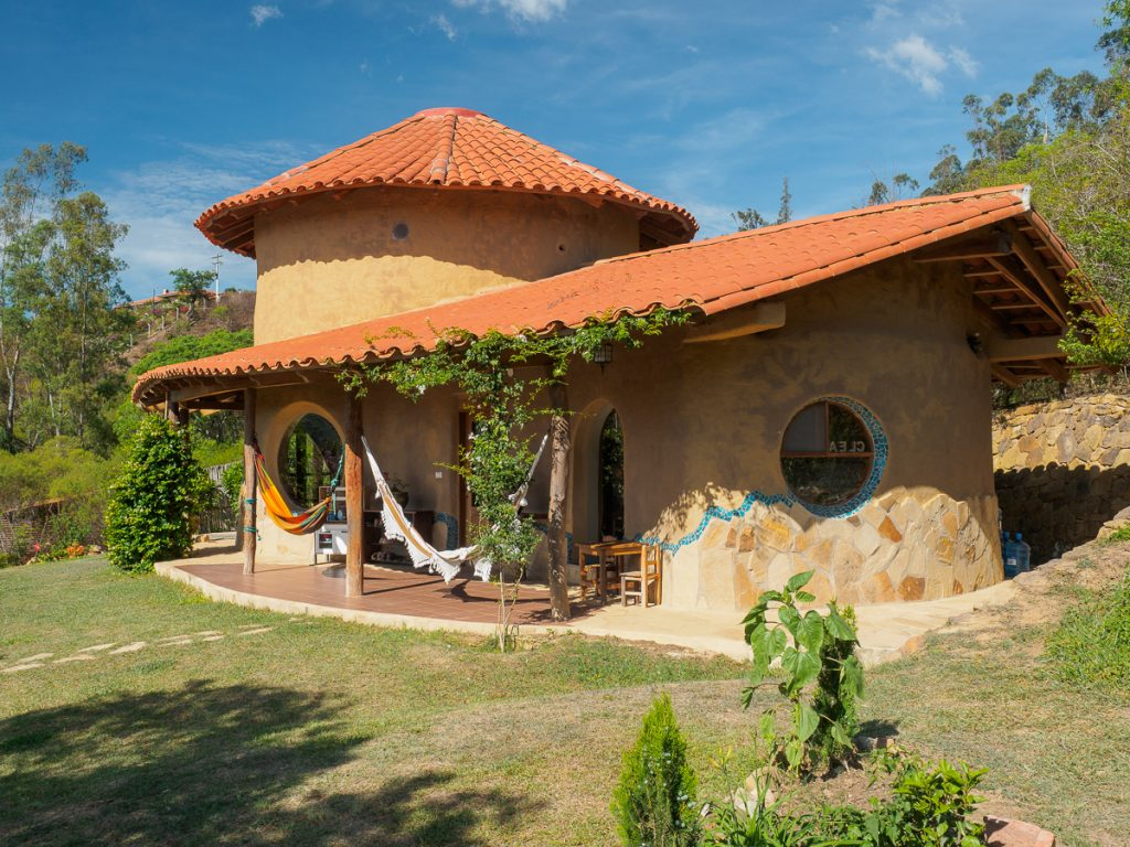 Eines der Häuser von Alexandra Stahl - nach diesem Stil werden die Häuser für Terra Universalis gebaut werden.